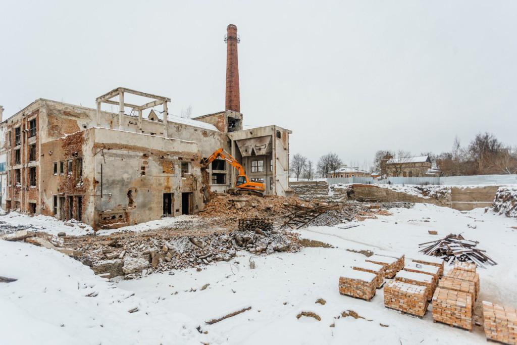 Начало работ по демонтажу - зима 2018 года